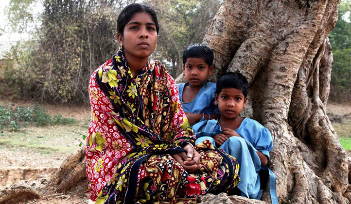 Sabita, 32, is a mother to twin daughters and lives with her father. Her children are the light of her life and she is struggling to keep them in school. She says having her own land will give her and her girls a more secure future.