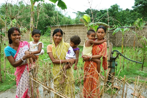 Women microplot owners in West Bengal have legal land ownership through a program between the state government and Landesa's partner, RDI-India.